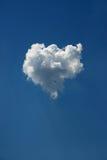 Nuage pelucheux comme coeur Image libre de droits