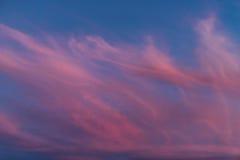 Nuages étonnants de coucher du soleil Images libres de droits