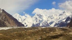 Nuages au-dessus de glacier Inylchek Kirgystan, central clips vidéos
