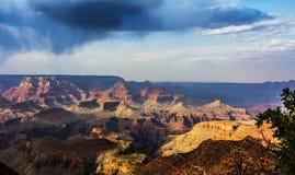 Nuages au-dessus de gorge grande Photographie stock libre de droits