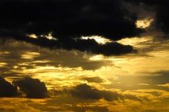 Nuages au-dessus de l'Océan Atlantique image libre de droits