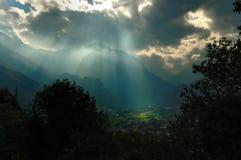 Nuages au-dessus des Alpes italiens no.1 Images libres de droits