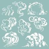 Nuages blancs de fumée et de poussière de bande dessinée Vapeur comique de vecteur d'isolement illustration libre de droits