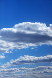 Nuages Ciel bleu Photographie stock libre de droits
