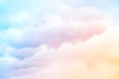 Nuages d'arc-en-ciel Photographie stock