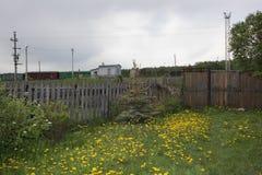 Nuages dans le voisinage photo stock