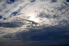 Nuages de ciel images libres de droits