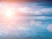 Nuages de ciel de coucher du soleil Images libres de droits