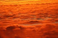 Nuages de coucher du soleil image stock