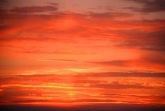 Nuages de coucher du soleil d'été Images libres de droits