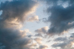 nuages de 6h du matin Image stock