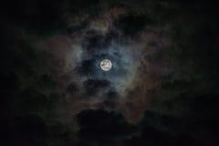 Nuages de nuit Images stock
