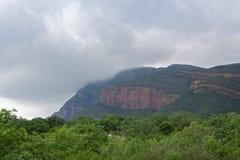 Nuages de pluie au-dessus du masif du waterberg, Afrique du Sud Image stock