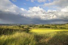 Nuages de pluie au-dessus du Warwickshire Photos libres de droits