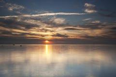 Nuages de tempête au-dessus de l'océan Photo libre de droits