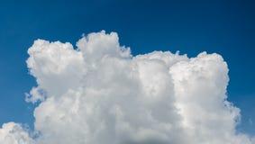 Nuages de tempête avant pluie Photographie stock