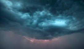 Nuages de tempête foncés Images libres de droits