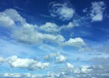 Nuages en ciel Photographie stock