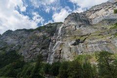 Nuages et montagne Photos libres de droits