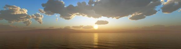 Nuages et soleil, beau ciel avec des nuages Image libre de droits