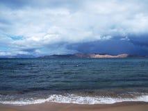 Nuages foncés sur Crète Image libre de droits