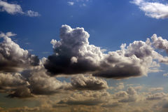 Nuages majestueux Images stock