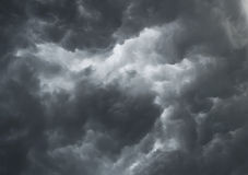 Nuages orageux excessifs Image stock