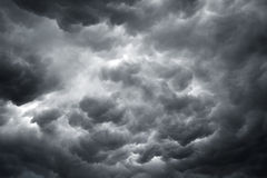 Nuages orageux - image courante Images stock