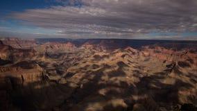 Nuages se déplaçant au-dessus de Grand Canyon Images stock