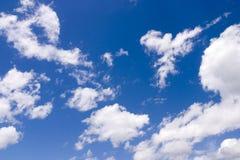 Nuages sur le ciel Image libre de droits