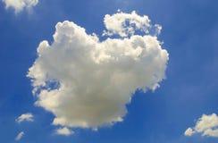 Nuages sur le ciel comme soleil Photos stock