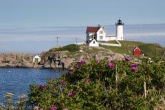 Nubble latarnia morska w lecie Zdjęcie Stock