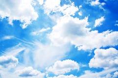 Nube bianca lanuginosa Fotografie Stock