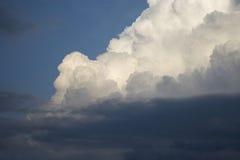 Nube de la puesta del sol Foto de archivo