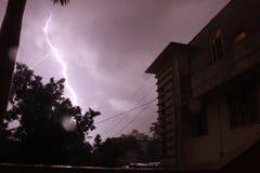 Nube de la tempestad de truenos imagen de archivo libre de regalías