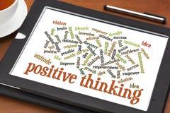 Nube de pensamiento positiva de la palabra en la tableta Foto de archivo