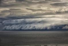 Nube del estante sobre el océano en Sydney foto de archivo libre de regalías