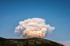 Nube del humo grande Fotografía de archivo libre de regalías
