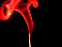Nube di fumo rossa Fotografie Stock Libere da Diritti