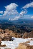 Nube e roccia Immagini Stock Libere da Diritti
