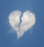 Nube en forma de corazón quebrada Fotos de archivo libres de regalías