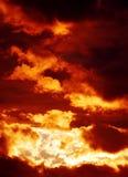 Nube en la puesta del sol Imágenes de archivo libres de regalías