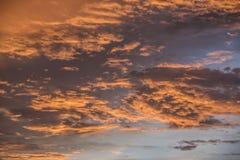 Nube en la puesta del sol Foto de archivo