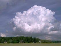 Nube grande Imagen de archivo libre de regalías
