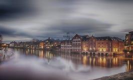 Nube y río Imagenes de archivo