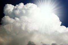 Nube y sol Fotografía de archivo libre de regalías