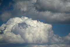 Nubes únicas Imágenes de archivo libres de regalías