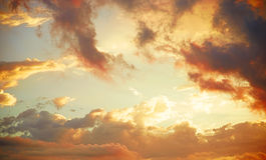 Nubes anaranjadas fotos de archivo