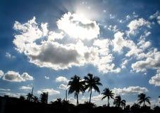 Nubes blancas grandes Fotografía de archivo