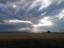 Nubes brillantes fotos de archivo